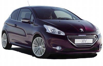 Le concept-car Peugeot 208 XY Concept introduit une version luxueuse de la Peugeot 208. Feux entièrement à LED, couleur violet Fusion, intérieur gainé de cuir sont au programme.